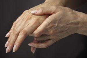Тромб в руке симптомы первые признаки